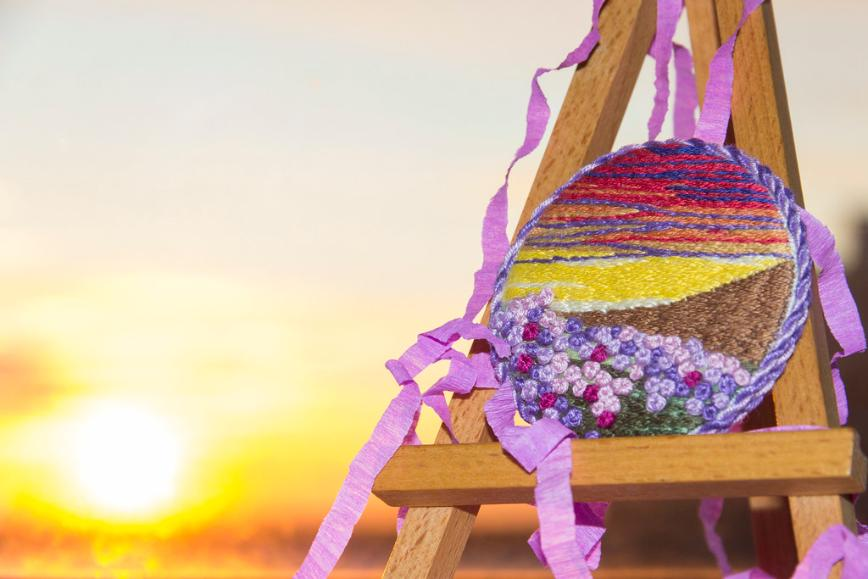 """Автор: Розабельверде, Фотозал: Мое хобби, Брошь """"Поле на закате"""" по набору от Panna, сфотографированная на закате."""
