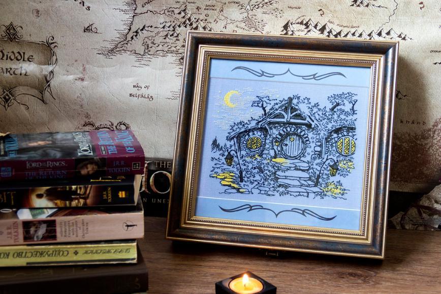 """Автор: Розабельверде, Фотозал: Мое хобби, Футляр для подарочного издания """"Хоббита"""". Вышивка по схеме Марии Бровко """"Вечер в Хоббитании""""."""