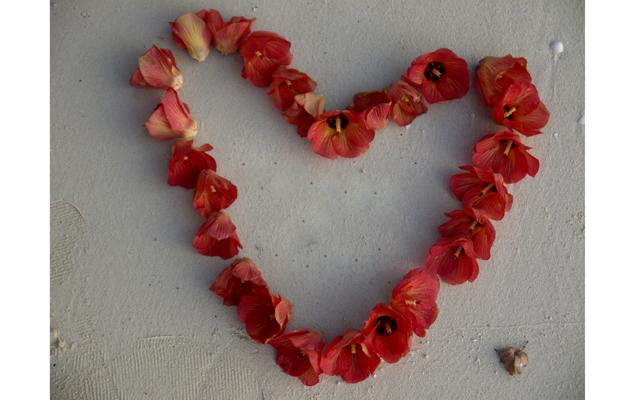 Песочно - цветочная традиция влюбленных
