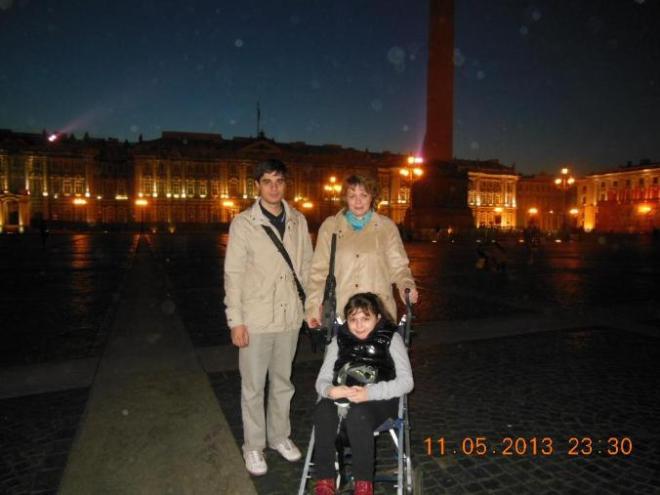 С Лиличкой (из БФ Наташа) и Кирюшей (ее сын) и котом Кешей подаренным т.Лилей