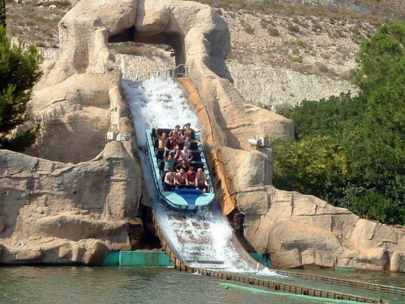 Дополнительно предлагаю поездки на термальный курорт в горах Арчена ( бассейны с минеральной водой в горах ) фото здесь http://m.eva.ru/fU8j