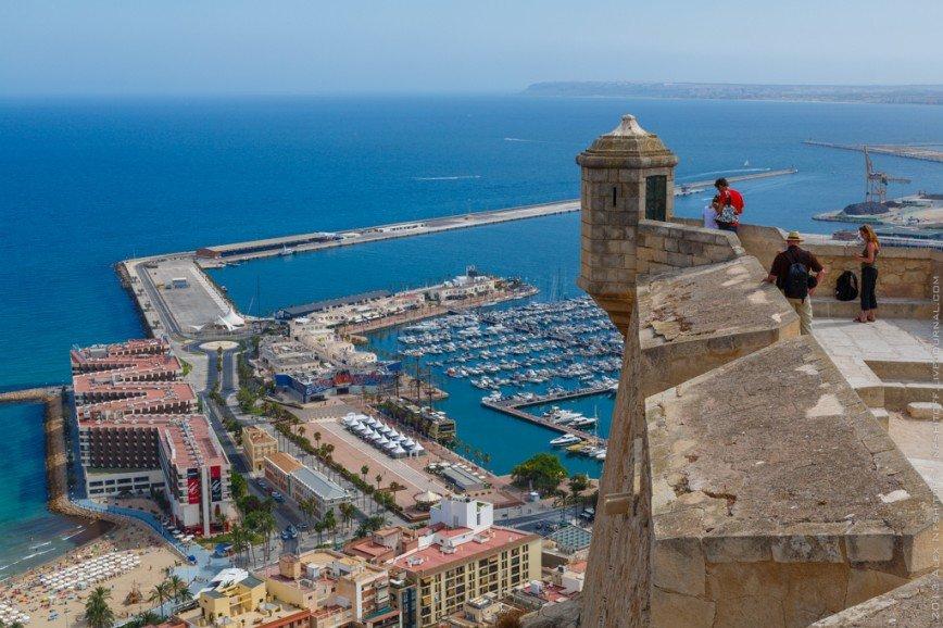 Замок Санта Барбара в центре Аликанте + прогулка по порту и центру Аликанте + аутлет Сант Висент ( Испанская кожанная обувь, Десигуаль скидки 60-80%)