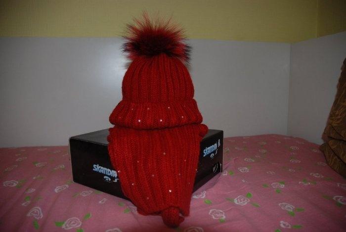Комплект Шапка-шарф Войчик. рост 128.Помпон песец Нам оказалась мала, надевали 2 раза. Продаю 650 руб или меняю на больший размер.