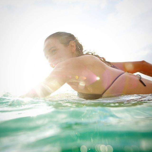 Неотразимый серфинг с Салли Фицгиббонс