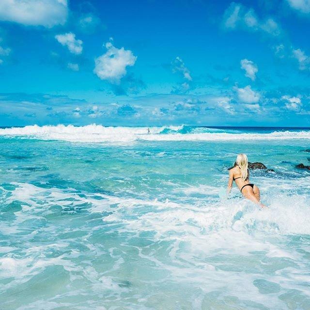 Скандальная серфингистка Татьяна Уэстон-Вебб:
