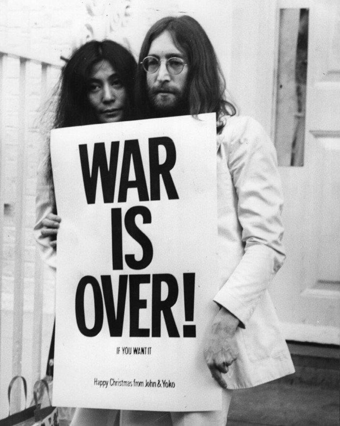 Отношения Джона Леннона и Йоко Оно лягут в основу нового фильма