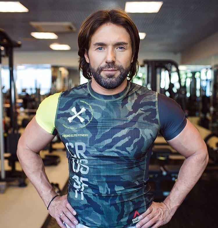 45-летний Малахов в прекрасной форме