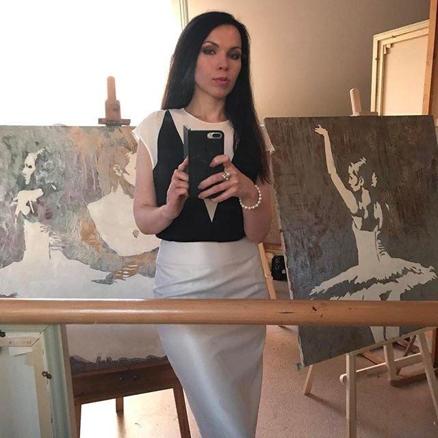 Российская художница прославилась необычной серией картин