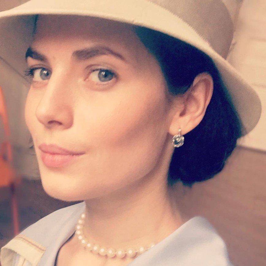Скулам Юлии Снигирь может позавидовать сама Анджелина Джоли