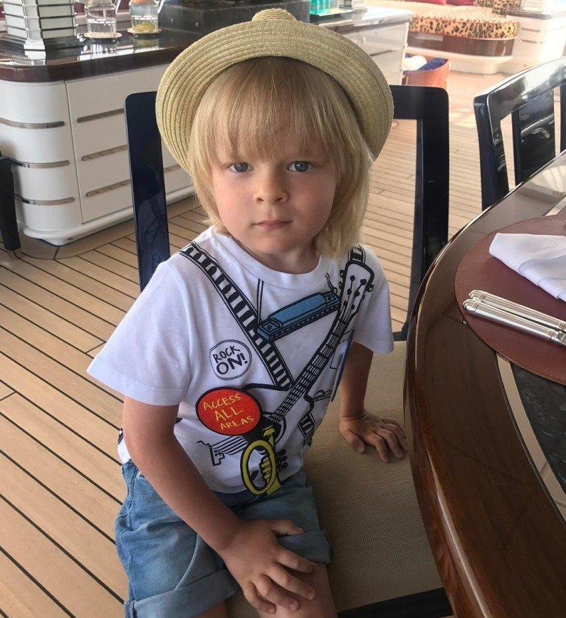 Александр Плющенко: ребёнок, у которого нет детства