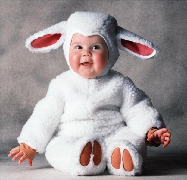 Картинка смешной ребенок в костюме