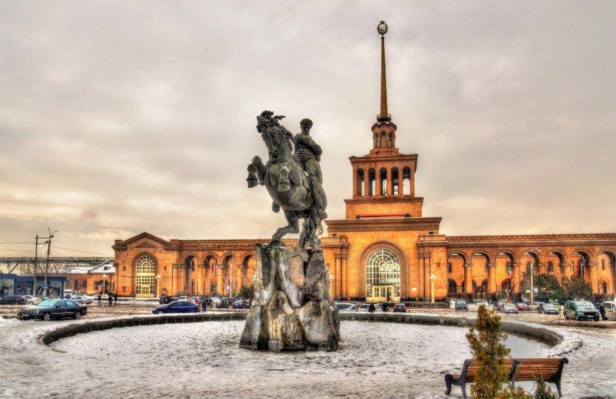 В Армению по российским паспортам