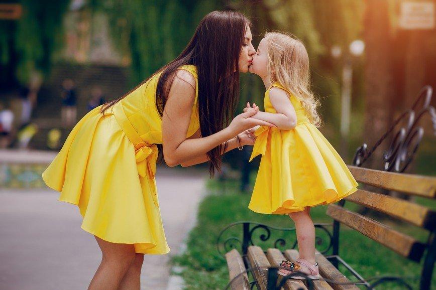 Благополучие детей зависит от частоты похвал