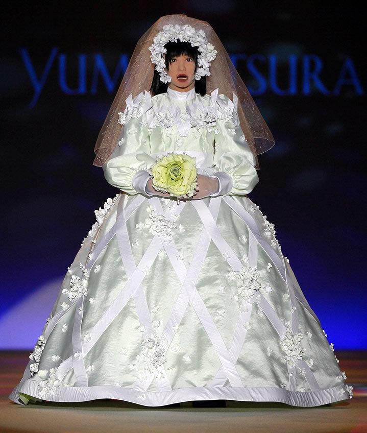 worst wedding dress pictures - 719×848