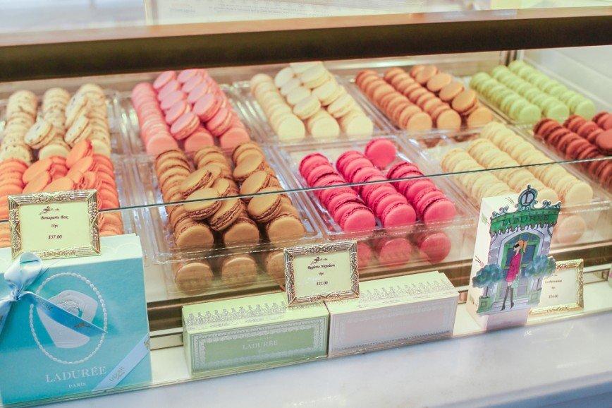 В Москве откроется парижский бутик сладостей Ladurée