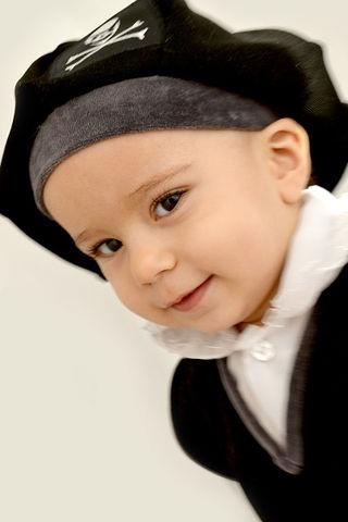 Автор: Arta, Фотозал: Наши Дети, Первый новый год пирата:)