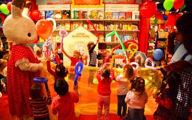 Легендарный магазин игрушек Hamleys празднует свое двухлетие