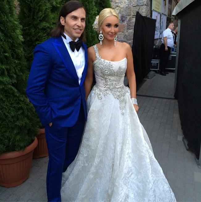 Новая волна 2014: самые яркие платья звезд
