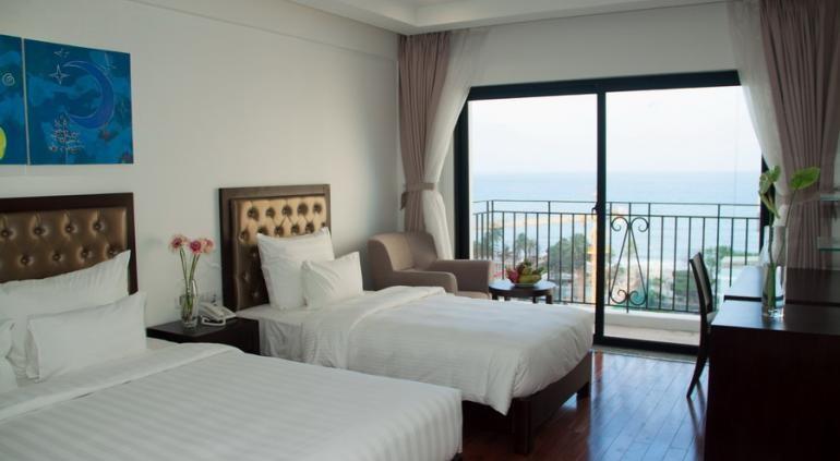 Legend Sea Nha Trang имеет 20 этажей и 90 роскошных номеров, большинство из них с прямым видом на море. Когда вы входите в одну из наших номеров, вы будете чувствовать себя Амазонки элегантным интерьером с натурального дерева и повышенной комфортности, такие как балконы, беспроводной доступ в Интернет, душ, охлаждения и кондиционирования воздуха. Расположенный в Нячанг, Легенда Море Отель предлагает современные и элегантные номера с бесплатным беспроводным доступом в Интернет на всей территории отеля. Source: http://www.hotels-in-vietnam.com/asia/vietnam/hotels_nhatrang/legendsea-hotel.html