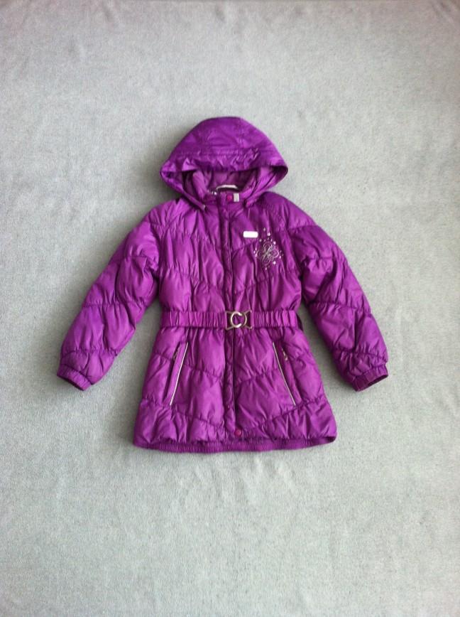 Утепленная куртка Reima на осень/весну.  Размер 122. Цена 1 500 рублей. Длина по спинке 60 см. Пояс с металлической пряжкой. Капюшон отстегивается. Состояние отличное.