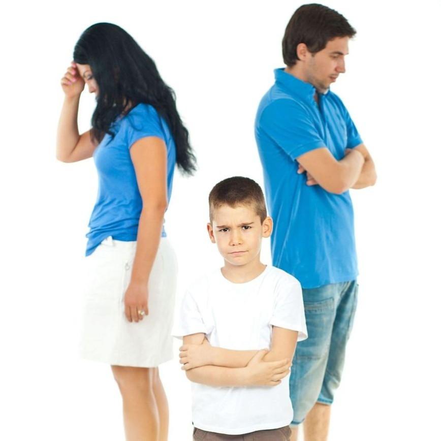 Как сказать ребенку о разводе: 6 лайфхаков от еварушниц