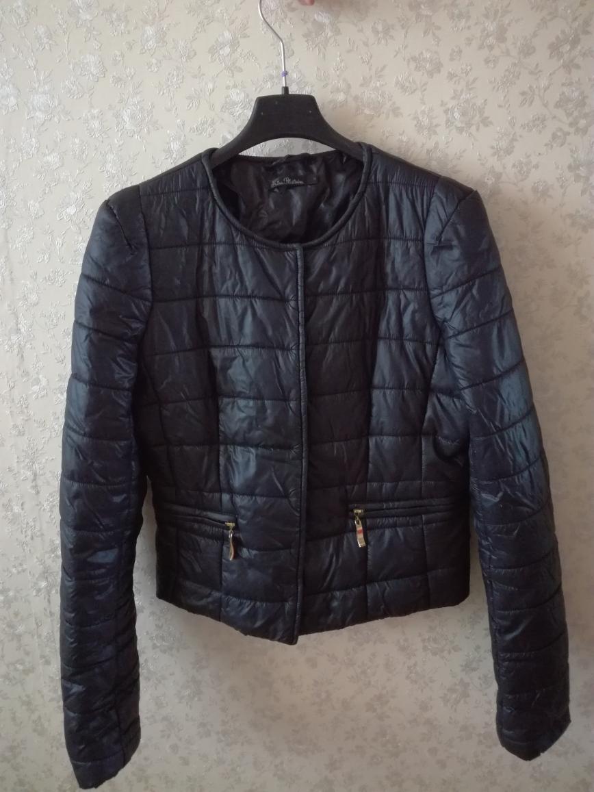 Куртка Kira Plastinina р.158 на весну в отличном состоянии, длина по спинке 50см. Цена 900 руб.