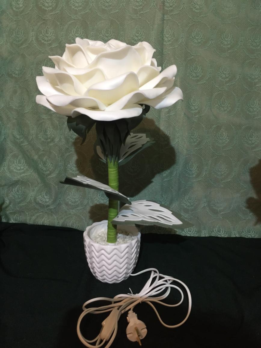 Автор: Cvetyvsmole, Фотозал: Мое хобби, Светильник Розочка из изолона.