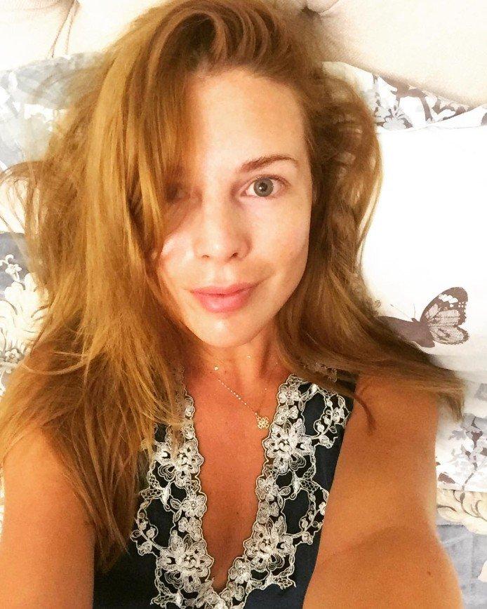 Наталья Подольская поделилась фото без макияжа