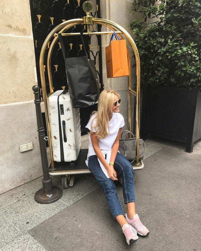 Екатерина Кузнецова осталась без помощи в аэропорту
