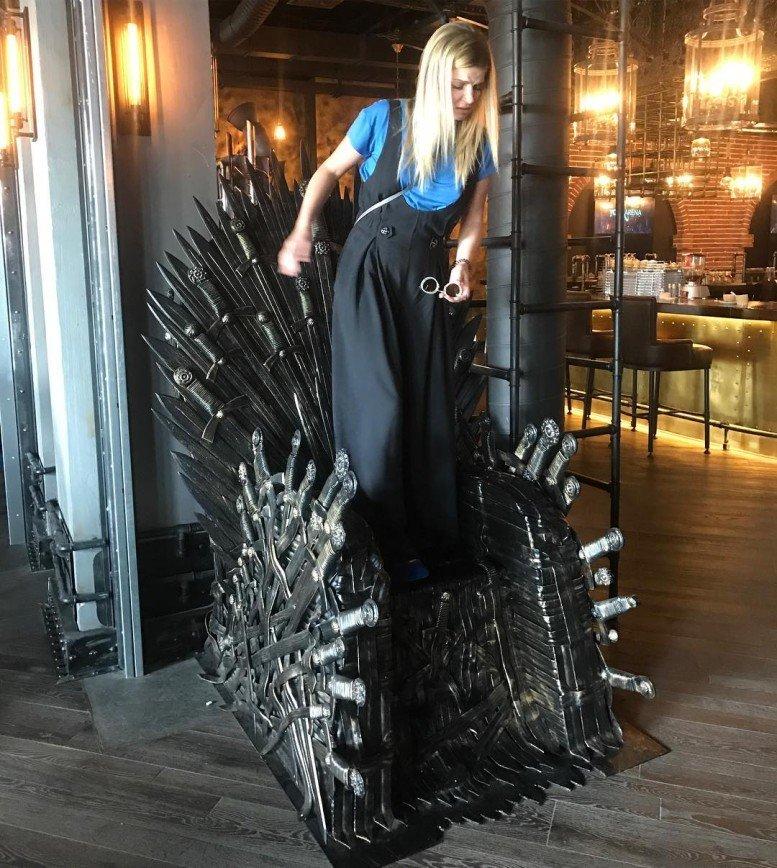Анастасия Задорожная завладела троном