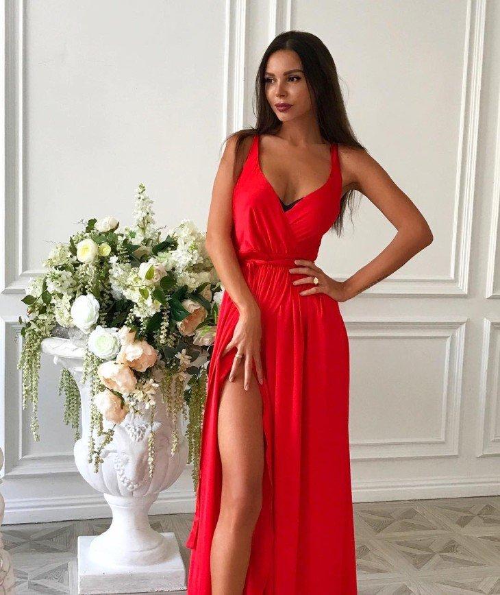 «Люблю и ненавижу»: поклонницы Оксаны Самойловой не могут определиться