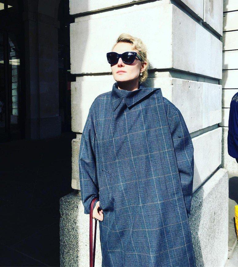 """""""Руки в брюки"""": Рената Литвинова скрывает возраст"""