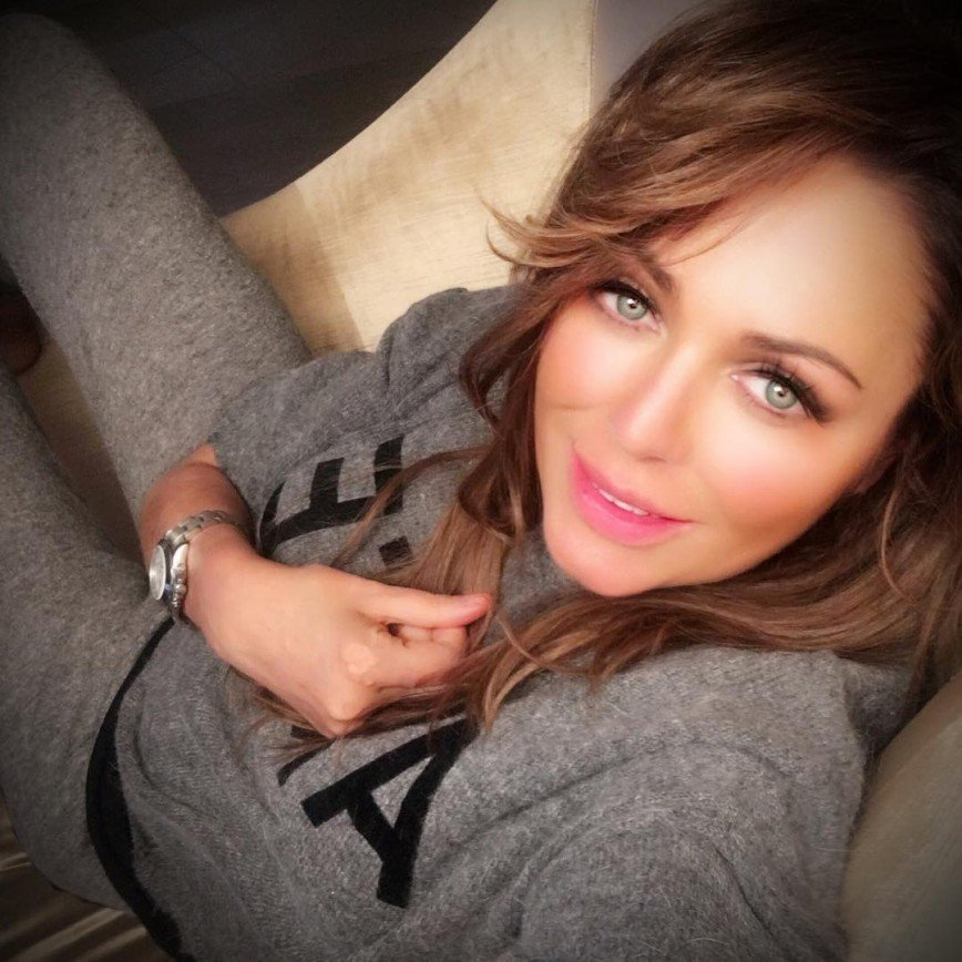 Подмышки Юлии Началовой назвали самыми красивыми в Москве