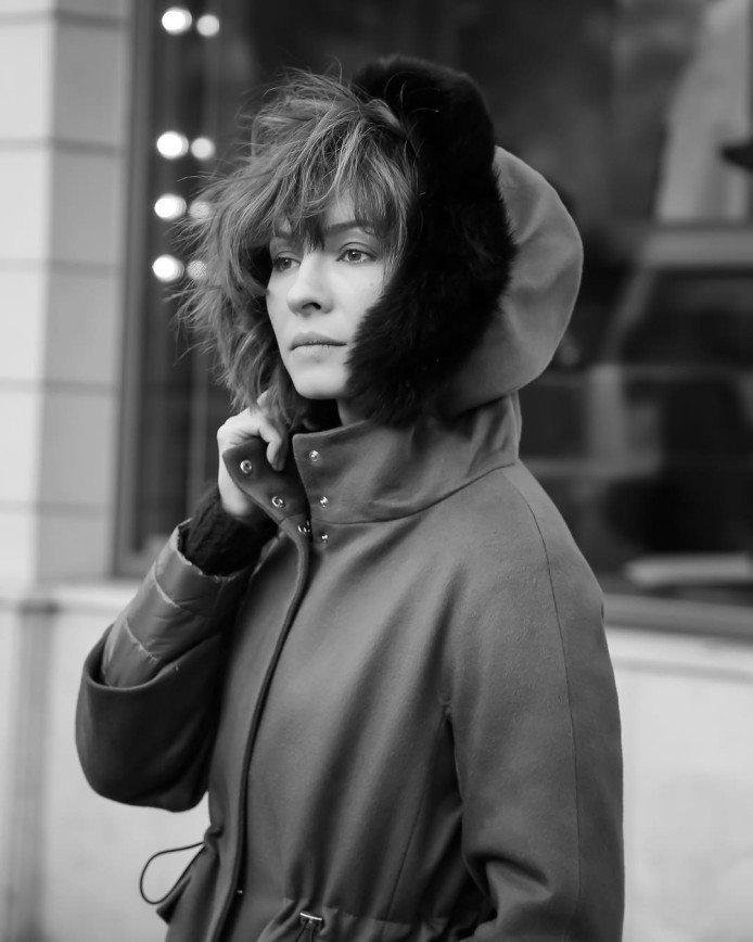 Елену Подкаминскую попросили перестать грустить