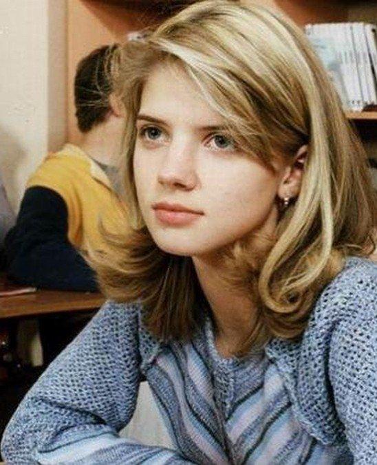 «Как красиво пупок завязан»: в сети рассмотрели достоинства 15-летней Анастасии Задорожной