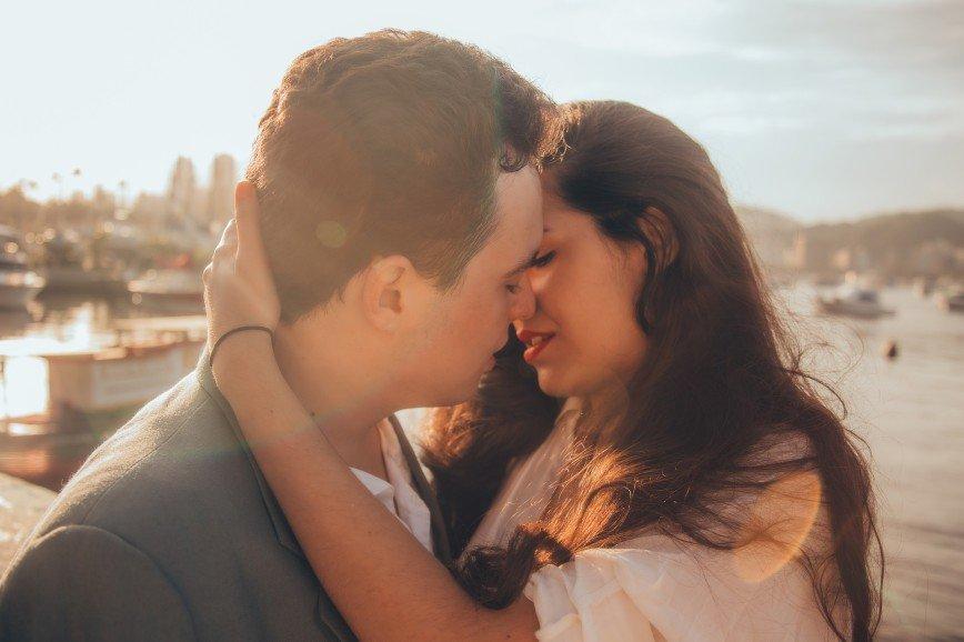 Что нравится в поцелуях мужчинам  делимся опытом