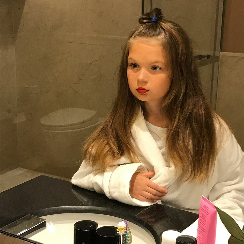 9-летняя дочь Кати Жужи красится лучше мамы
