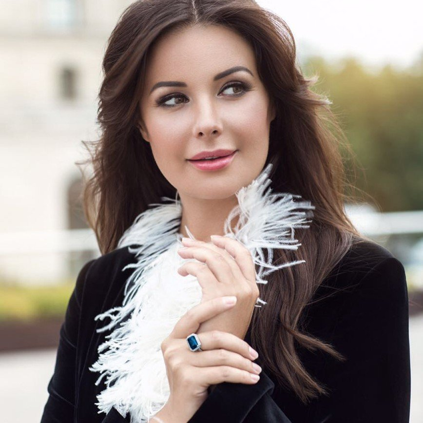 molodie-aktrisi-televedushie-rossii-svoyu