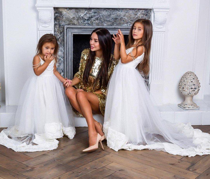 Оксане Самойловой предлагают бить детей за плохое поведение