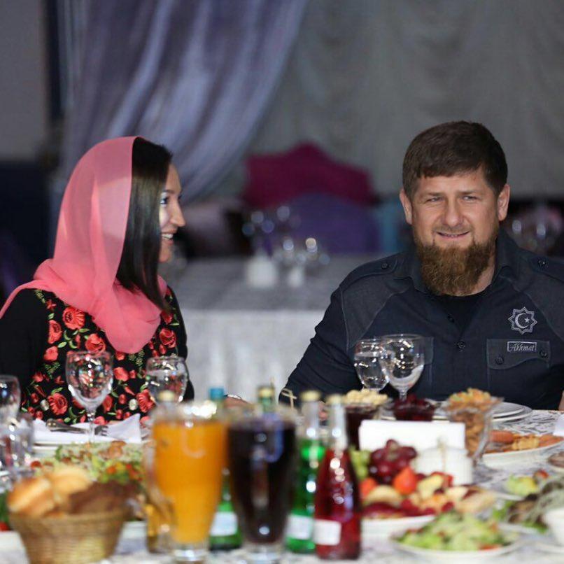 Мусульмане ополчились на Ольгу Бузову в платке