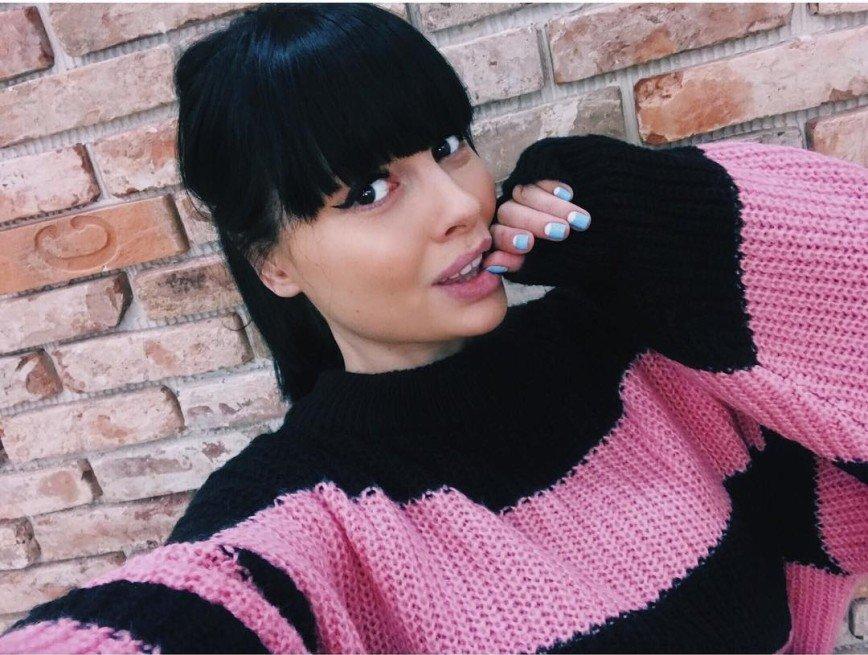 """""""Во мне живёт два сердца"""": Нелли Ермолаева сообщила о своей беременности"""