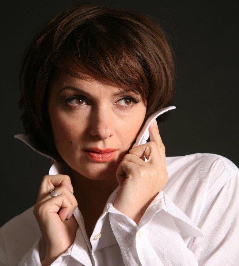 """""""В цирке одолжили?"""": Мария Порошина примерила кудри"""