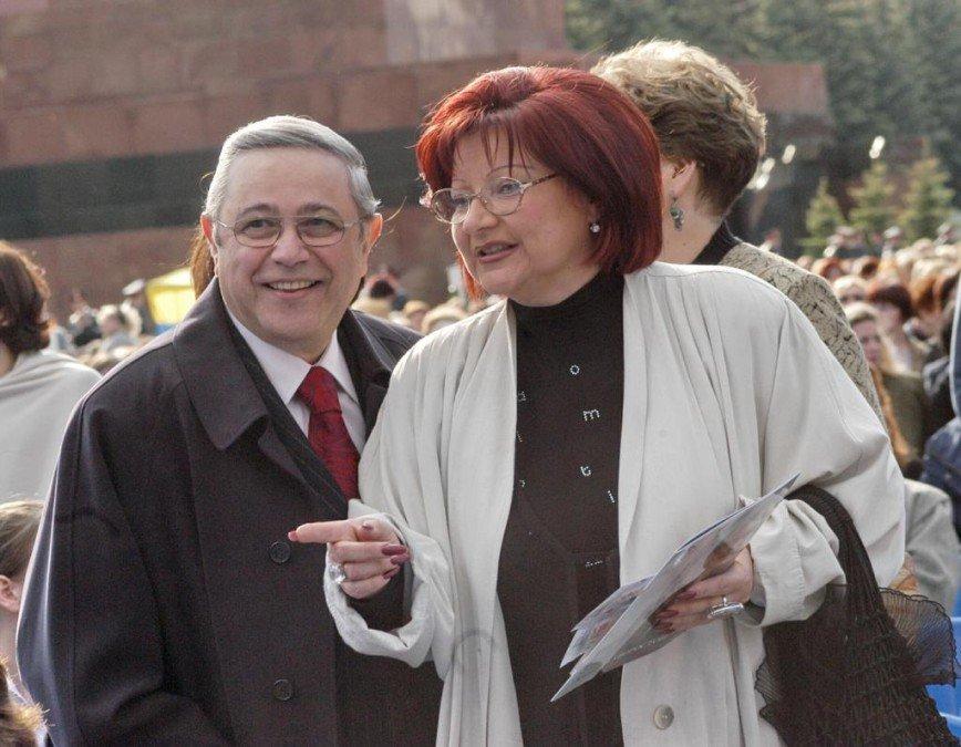 Не для чужих ушей: иски Петросяна и Степаненко рассмотрят через неделю в закрытом режиме