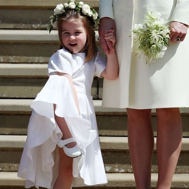 """""""Диана бы ее обожала"""": принцесса Шарлотта умилила публику, показав язык на камеру"""