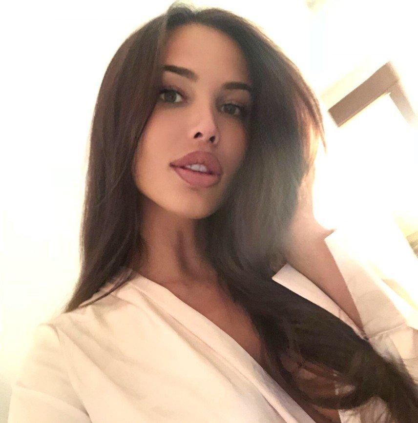 Перманентный макияж Анастасии Решетовой назвали вышедшим из моды