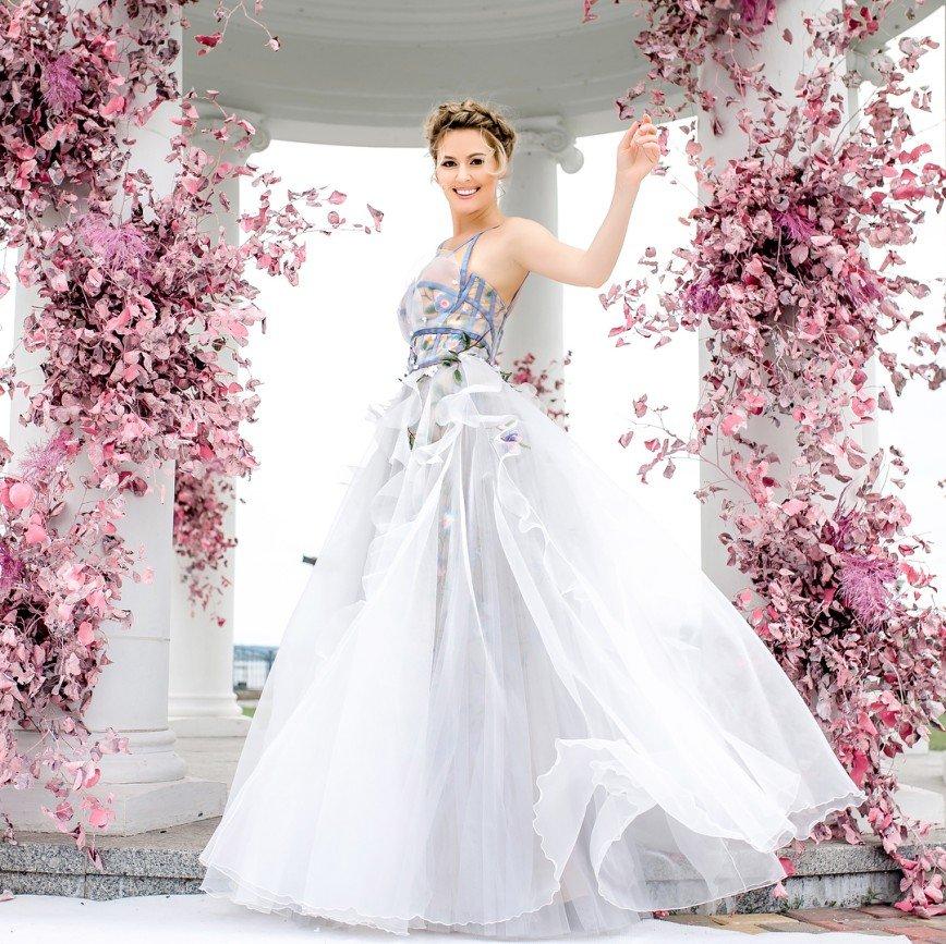 """""""Это дурной тон"""": Мария Кожевникова появилась на свадьбе подруги в белом платье"""