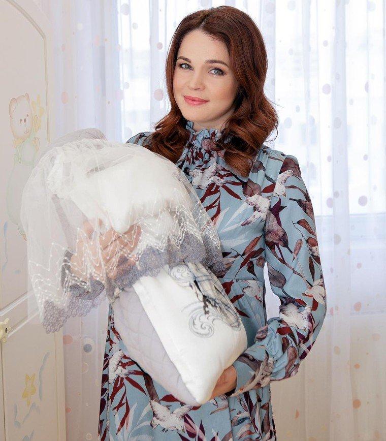 Не было ни метаний, ни терзаний: Екатерина Вуличенко раскрыла имя новорожденного сына