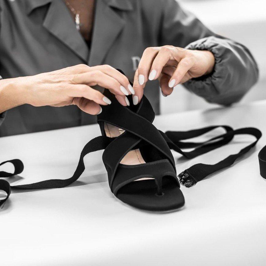 Рождение звезды: как Dior создает свою обувь