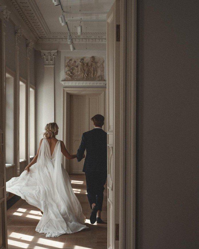 """Никита Пресняков снялся с женой в """"свадебной"""" фотосессии"""