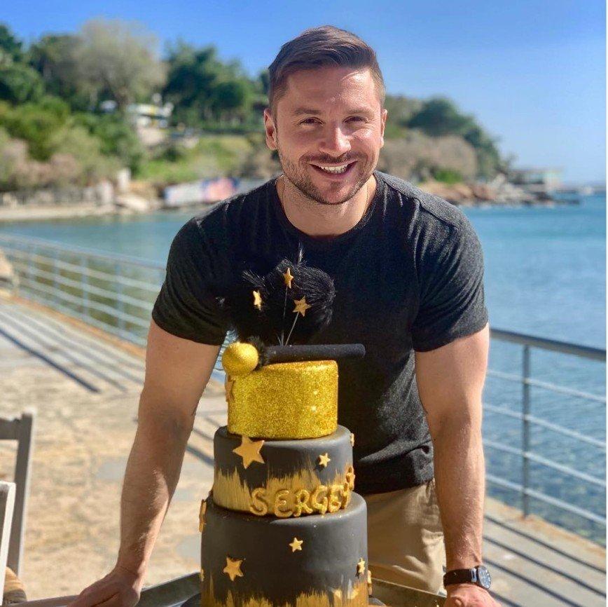 Близкие поздравили Сергея Лазарева с днем рождения